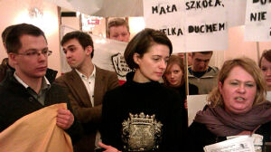 Grochowska wspiera uczniów: nie wolno zamykać tej szkoły