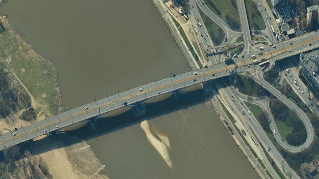 17-latka zginęła w wypadku na moście. Wprowadzą odcinkowy pomiar prędkości