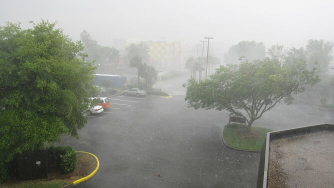 Prognoza pogody na dziś: <br />zmokniemy, ale nie zmarzniemy