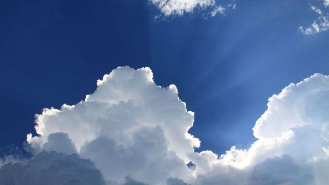 Prognoza pogody na dziś: aura nie będzie nam rzucała kłód pod nogi